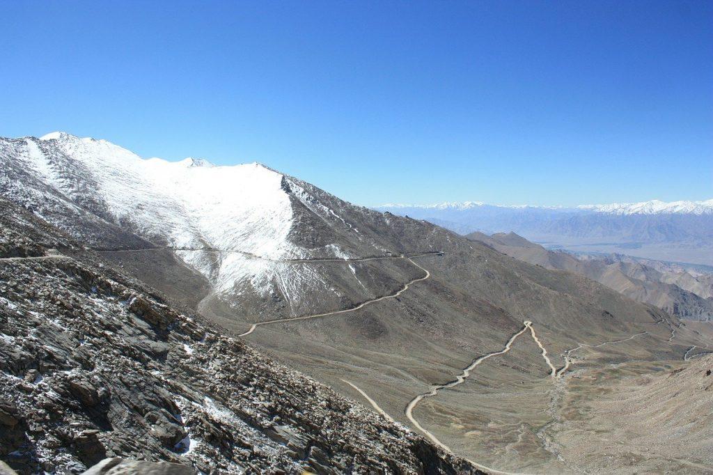 Khardung-la pass