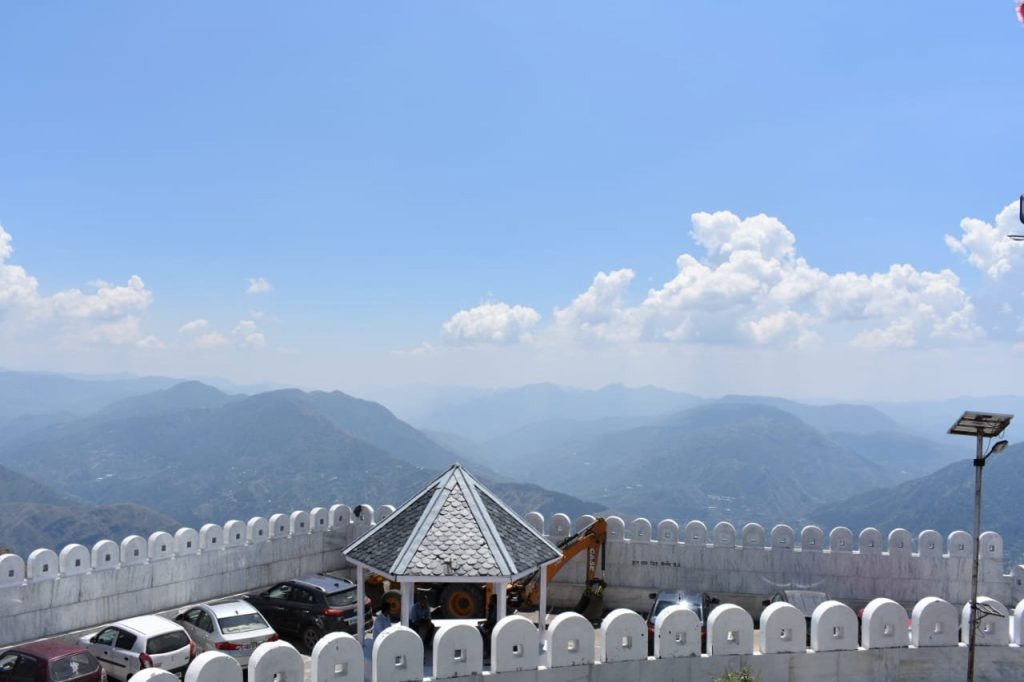 mesmerizing view at the top of kali ka Tibba